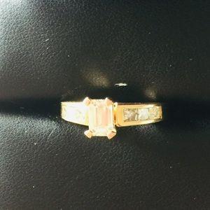 18K yellow gold 1.6 carat diamond engagement ring